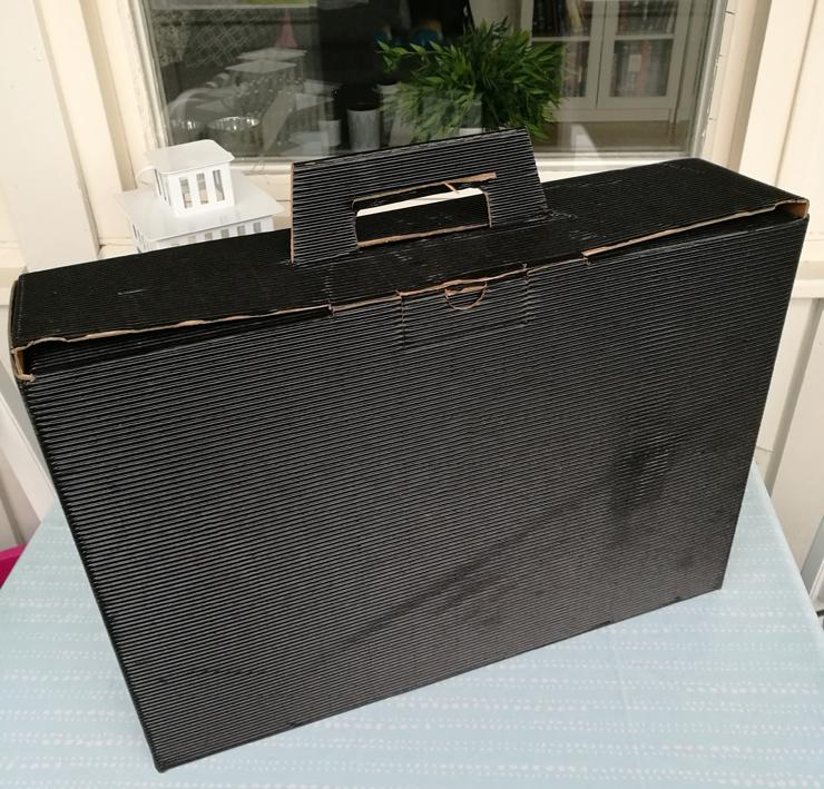 black friday box från testagram