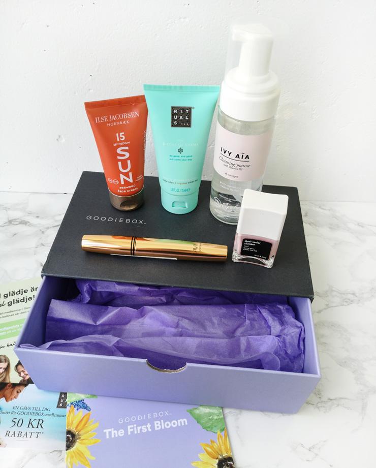 goodiebox sverige - the first bloom - skönhetsbox