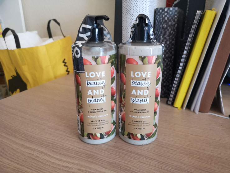 Love Beauty and Planet – Majestic Moisture Shower gel