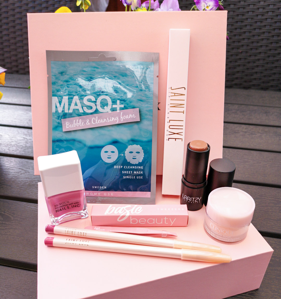 unboxing glossybox april 2020 - spring blossom
