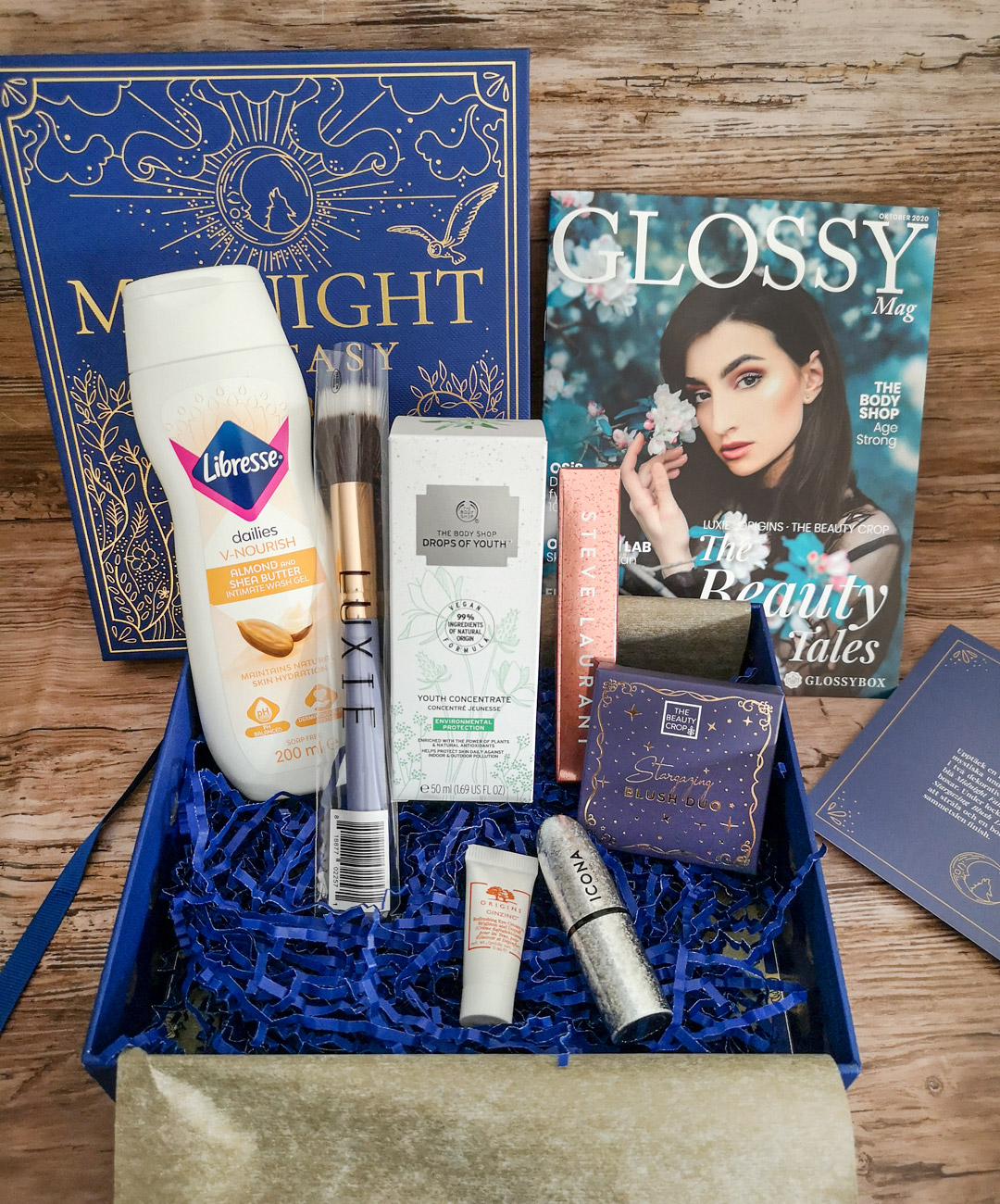 innehåll i glossybox oktober 2020 - the beauty tales - midnight fantasy