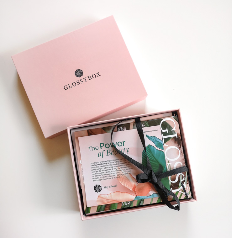 unboxing glossybox januari 2021 - the power of beauty