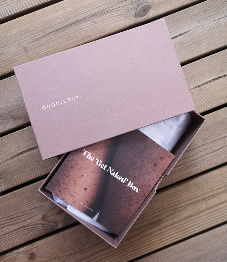 goodiebox juni 2021 - the get naked box